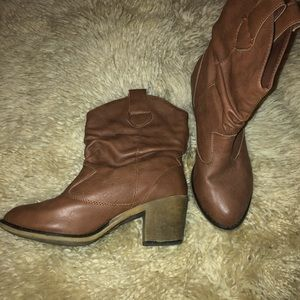 Size 7 Womens Booties